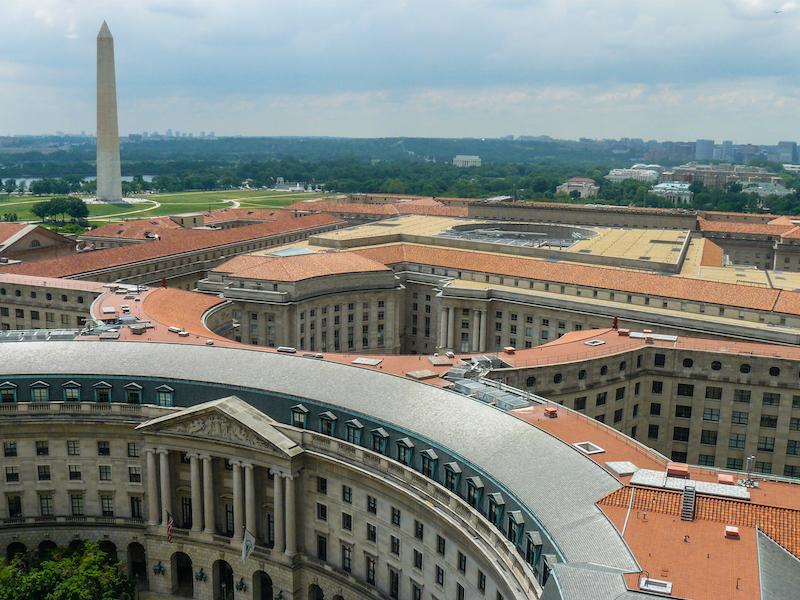Vue du Washington Monument et du Mall depuis le Old Post Office / hôtel Trump